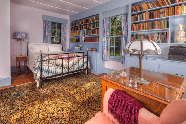 The Library Guest Room