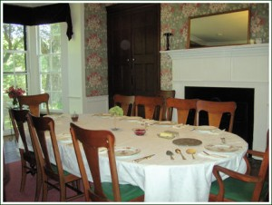 Victorian Dining Room at Oak Grove Plantation B & B